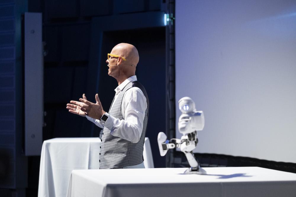 Referent Frank Astor buchenDigitale Transformation Vortrag